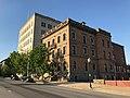 Goucher House (1892; Stanford White, architect), 2313 Saint Paul Street, Baltimore, MD 21218 (41150398715).jpg