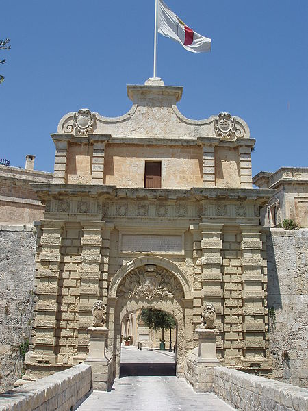 Bestand:Grand Gate Mdina.JPG