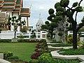 Grand Palace garden - panoramio.jpg