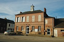 Grandcourt (mairie) 1.jpg