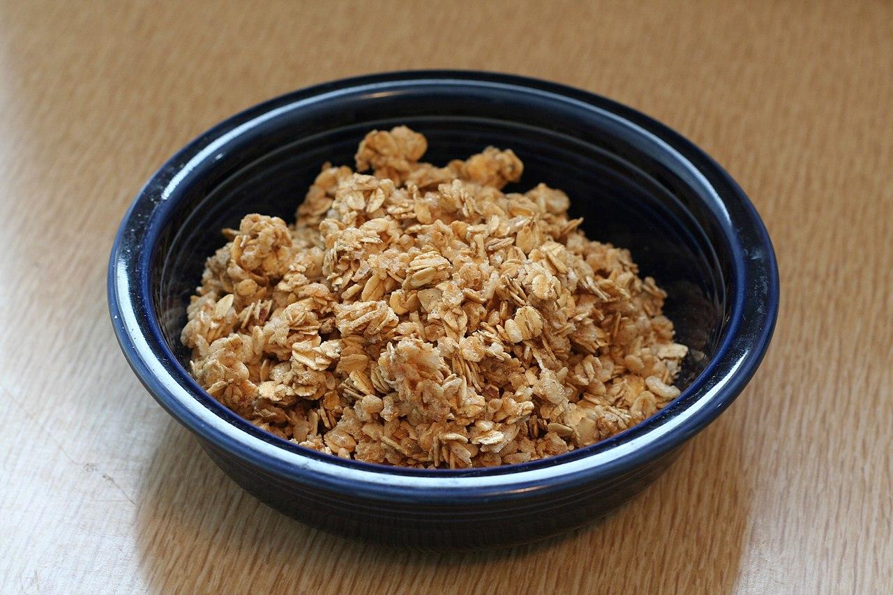 A bowl of granola (Wikipedia)
