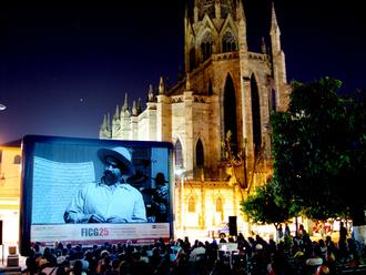 Cinema of Mexico - Open air screening at the Guadalajara International Film Festival