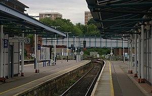 Guildford (Surrey) railway station - Platforms 6 and 7 serve the same single line.