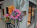 HK 上環 Sheung Wan evening 差館上街 11 Upper Station Street restaurant Nosh Tai Ping Shan Street flowers Nov-2013.JPG