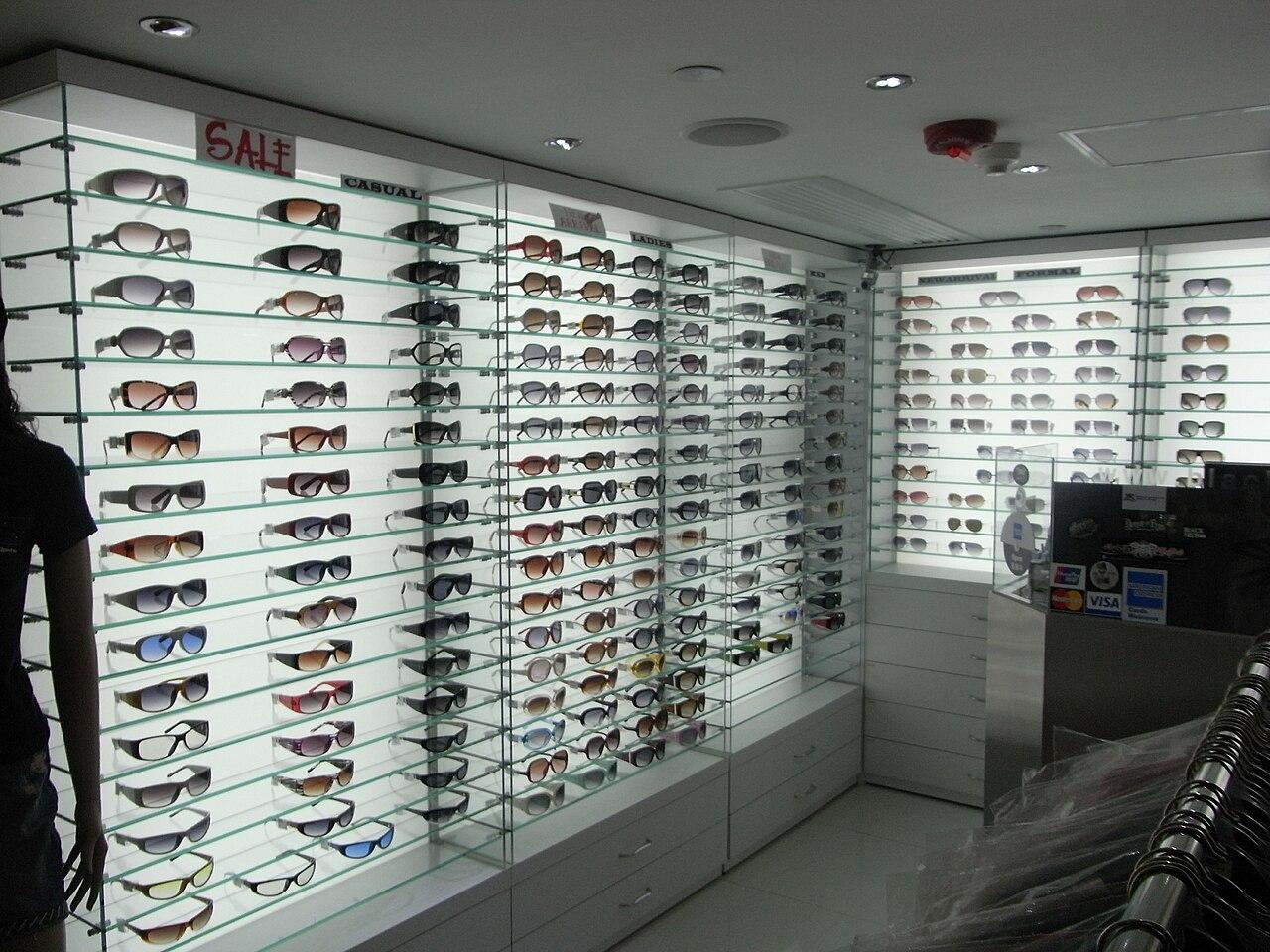 Shoe Shop Interior Images