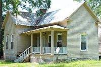 Harris-Murrow-Trowell House, Oliver, GA, US.jpg