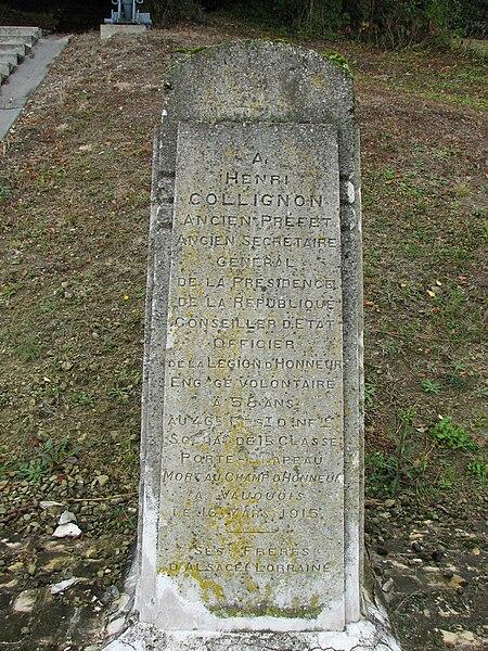 Monument dédiée à Henri Collignon (1856-1915) au pied de la butte de Vauquois