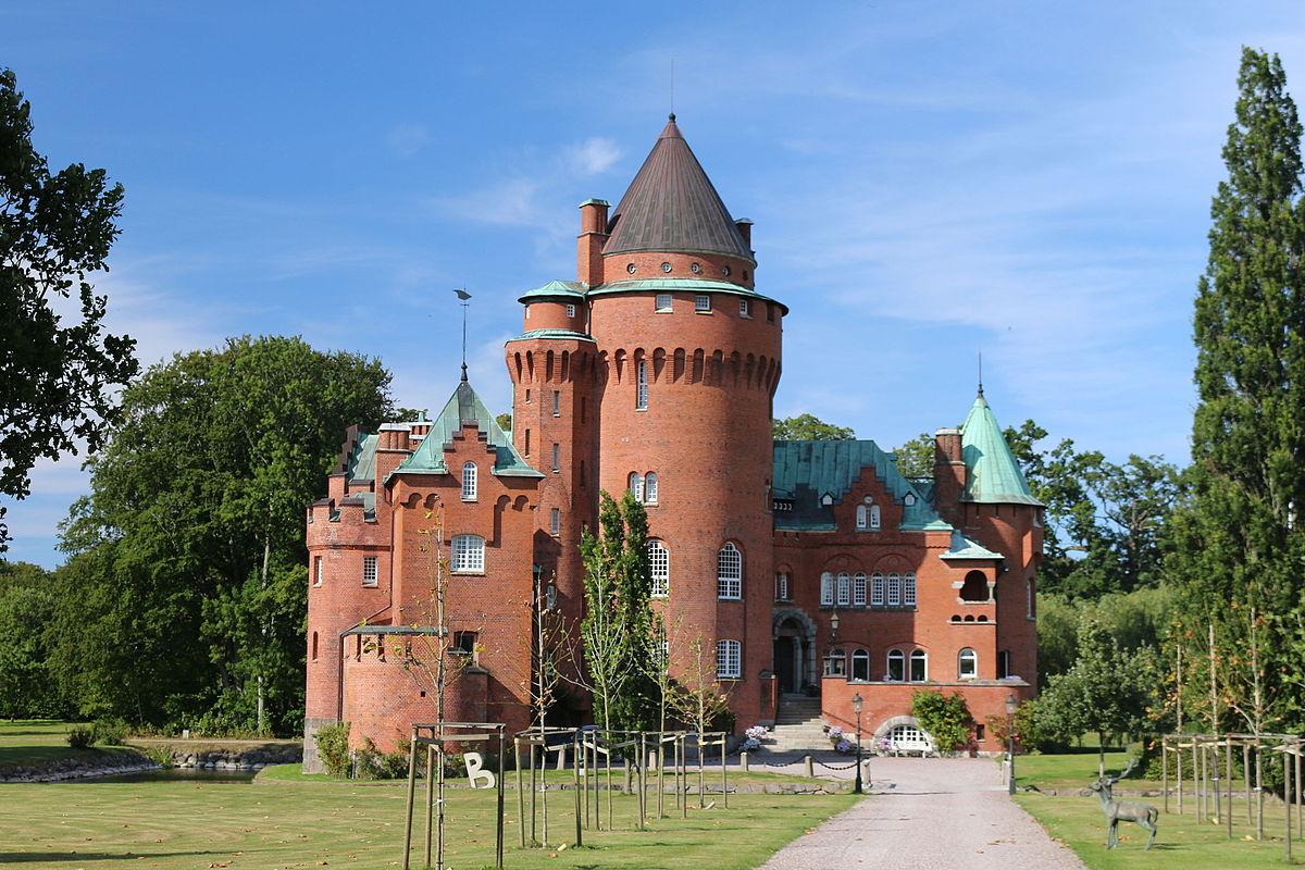 slott i skåne till salu