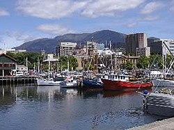 Hobart Marina MTWellington.jpg