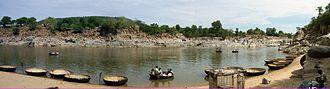Hogenakkal Falls - Area near Hogenakkal falls with the coracles beached for picnics