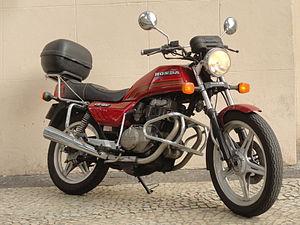 honda cb400 wikipedia rh en wikipedia org 1976 Honda 400 Four 1976 Honda 400 Motorcycle