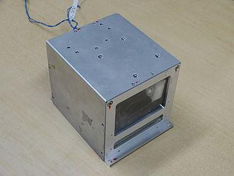 Hodoyoshi 3 - Image: Hosted Payload Box Hodoyoshi