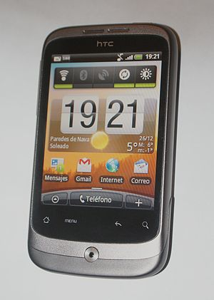 English: HTC Wildfire smartphone device. Españ...