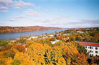 Hudson River Valley National Heritage Area - The Hudson Valley from the Poughkeepsie Bridge