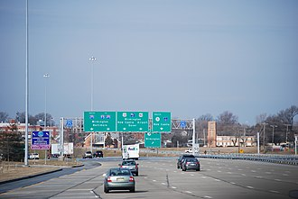 Interstate 295 (Delaware–New Jersey) - I-295/US 40 concurrency over the Delaware state border