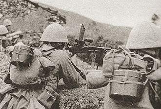 Type 96 light machine gun - IJA soldiers firing their Type 96 at positions