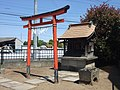 Inari Shrine (稲荷神社) - panoramio (30).jpg