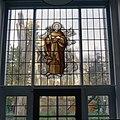 Interieur begane grond, atelier met glas in loodraam van de Heilige Franciscus - Megen - 20341238 - RCE.jpg