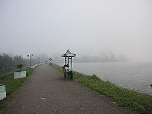 Inya Lake - Inya Lake embankment – a popular location