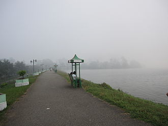 Inya Lake - Inya Lake embankment – a popular location