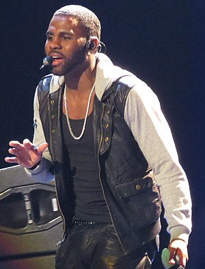 Jason Derulo - Derulo performing in December 2013