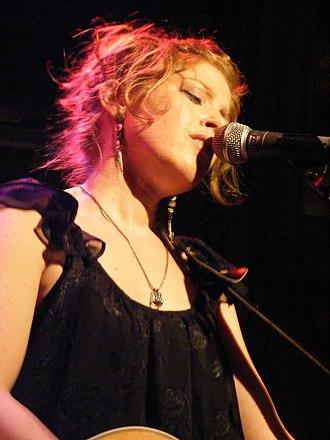 Jess Klein - Jess singing at Rockwood Music Hall
