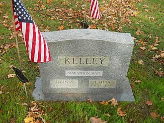 Johnny Kelley - Marathon Man tombstone, East Dennis, Massachusetts, 2010