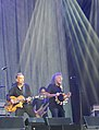 Justin Adams avec Robert Plant aux Vieilles Charrues 2018..jpg
