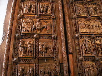 St. Maria im Kapitol - Detail of the wooden door