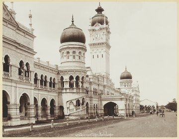The Government Offices of the Federated Malay States (Now the Sultan Abdul Samad Building) facing the Padang, c. 1900 KITLV - 3652 - Lambert & Co., G.R. - Singapore - Governmental Office at Kuala Lumpur in Selangor - circa 1900.tif