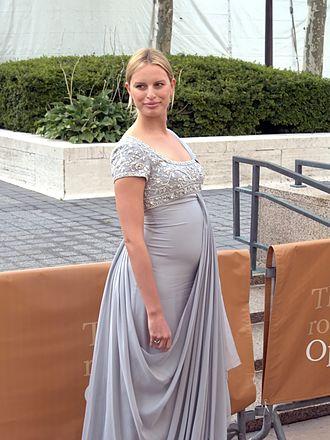 Karolína Kurková - Kurková announced in July 2009 that she was pregnant.