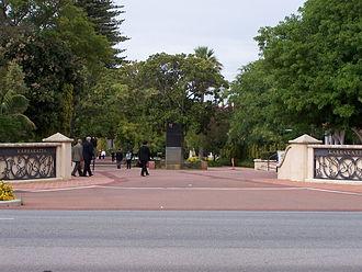 Karrakatta Cemetery - Main entrance to Karrakatta Cemetery