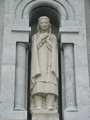 Kateri Tekakwitha - Statue of Kateri Tekakwitha by Joseph-Émile Brunet at the Basilica of Sainte-Anne-de-Beaupré, near Quebec City.