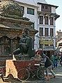 Kathmandu-Durbar Square-64-Garuda-2007-gje.jpg