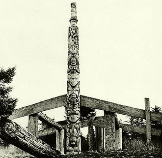 Kayung totem pole - The Kayung pole in 1884