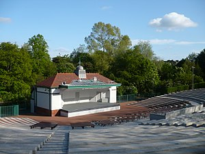 Kelvingrove Park - Image: Kelvingrovebandstand new