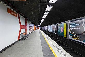 Kings Cross railway station, Sydney - Station Platform