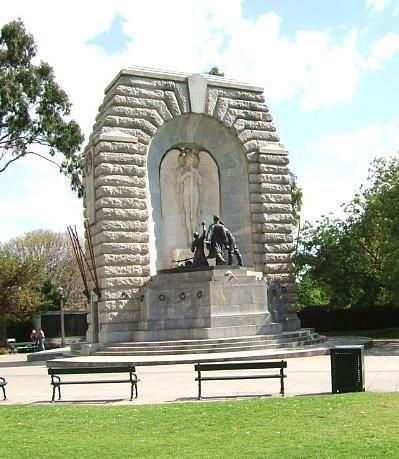 Kintore memorial