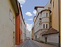 Kirchgasse, Parroquia católica San Martín, Landshut, Alemania, 2012-05-27, DD 01, Landshut, Alemania, 2012-05-27, DD 01.JPG