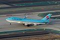 Korean Air Cargo Boeing 747-400F HL7602 (1) (8222969384) (2).jpg