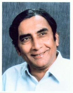 Kumarpal Desai Gujarati writer from India (born 1942)