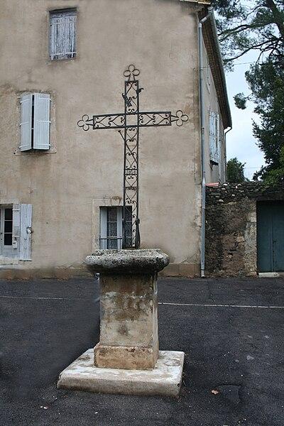 Lézignan-la-Cèbe (Hérault) - croix (1808).