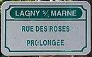 L3315 - Plaque de rue - Rue des roses prolongées.jpg
