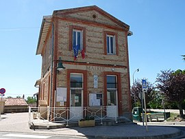 The town hall in Labruyère-Dorsa