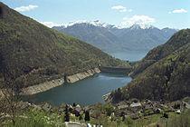 Lago di Vogorno Mergoscia.jpg