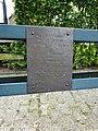 Landerd, 't Oventje, geknakte lantaarnpaal, stormramp aug 1925 (plaquette 2).JPG