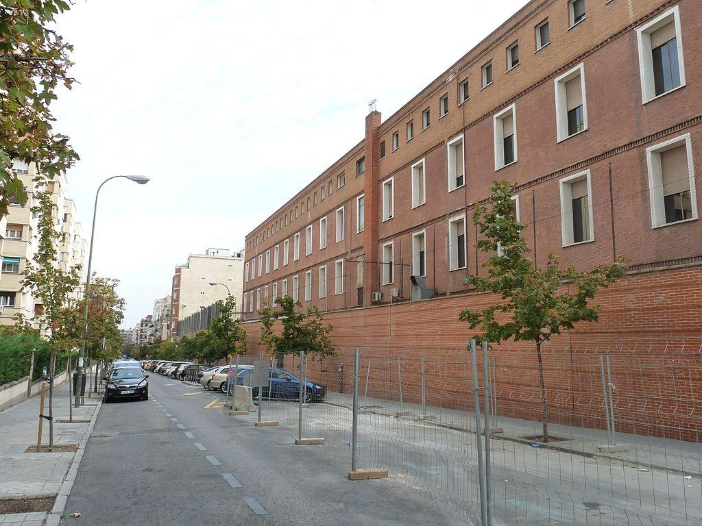 Archivo lateral del colegio divina pastora calle de mar a - Colegio escolapias madrid ...