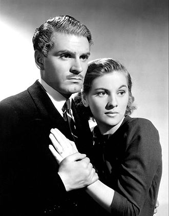 Rebecca (1940 film) - Laurence Olivier and Joan Fontaine, stars of the film.