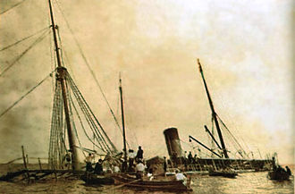 Carlos Albán -  Sinking the ship Lautaro at Panama, led by Carlos Albán, who died in action (1902).