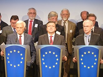 President of the European Union - Three former European presidents: of the European Parliament (Jerzy Buzek), of the European Commission (José Barroso), and of the European Council (Herman van Rompuy), during a press conference in the Berlaymont in November 2011